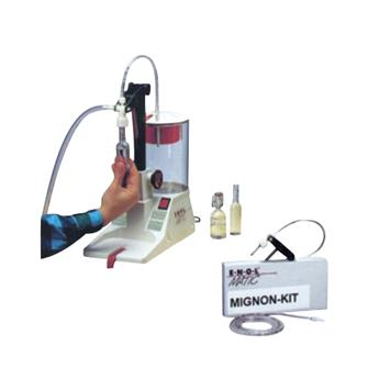 Miniature bottle kit for pressure filling machine