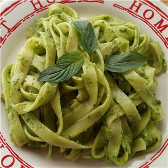 How to make fresh pasta with spinach?